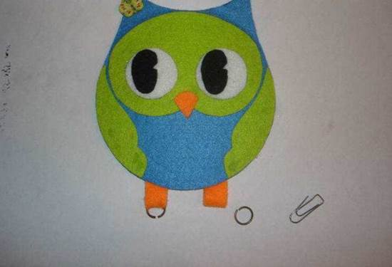 Creative-Ideas-DIY-Adorable-Felted-Owl-from-Old-CD-10