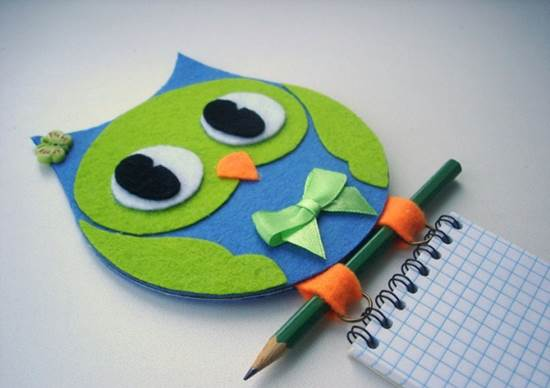 Creative-Ideas-DIY-Adorable-Felted-Owl-from-Old-CD-11