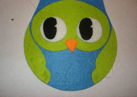 Creative-Ideas-DIY-Adorable-Felted-Owl-from-Old-CD-6