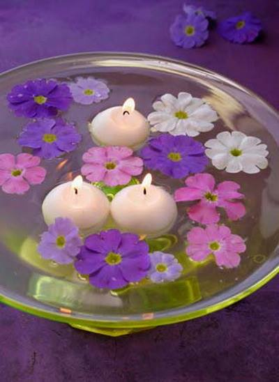 Floating Candle Centerpiece With Flower2