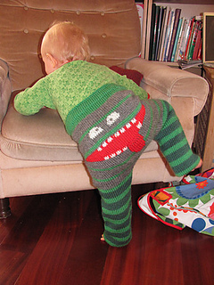 Knitted-Monster-Pants free pattern 2