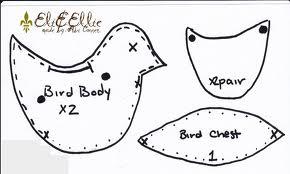 birdie ornaments 1 Wonderful DIY Cute Felt Bird Ornaments