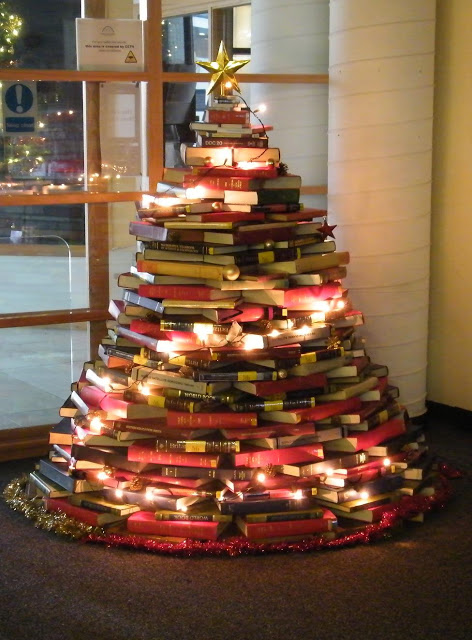 book Christmas Tree 1 Wonderful DIY Stunning  Book Christmas Tree