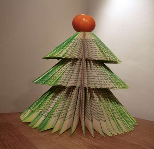book Christmas Tree 4