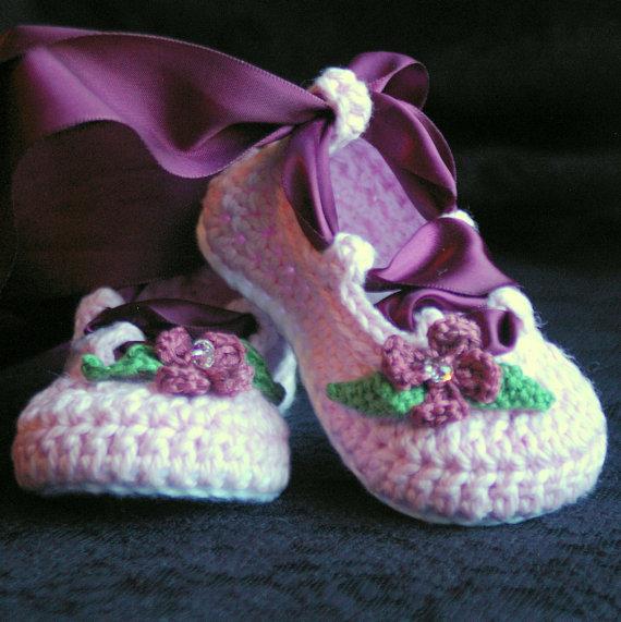 crochet baby booties 7
