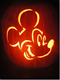 mickey-pumpkin-carving- 1.1