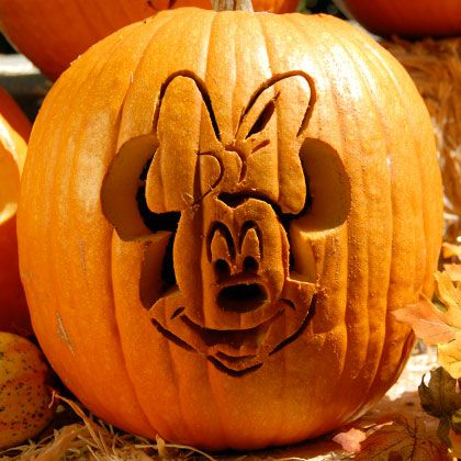 minnie-pumpkin-carving-halloween-1