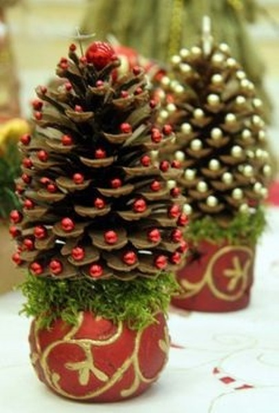 view in gallery pine cone christmas tree 3