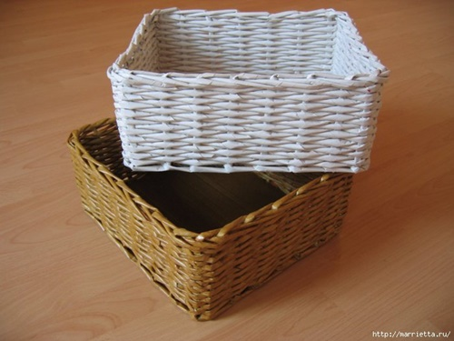 weaving-baskets-with-newspaper-wicker-321