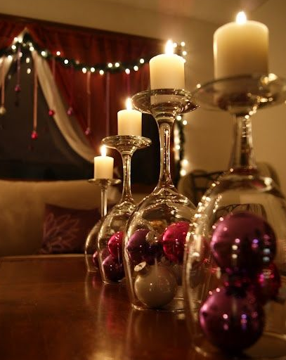 Christmas-Wine-Glass-Centrepieces3