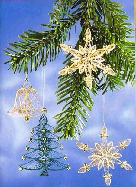 DIY-Quilling-Christmas-Decoration-10
