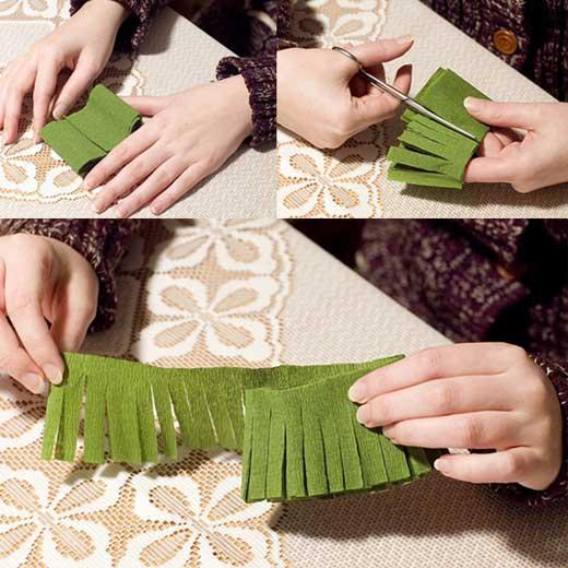 How to DIY Mini Crepe Paper Christmas Tree2 Wonderful DIY Cute Mini Paper Christmas Tree