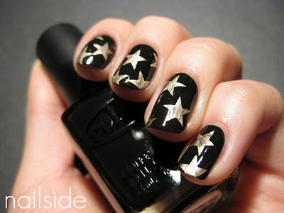Starry-Night-Nails
