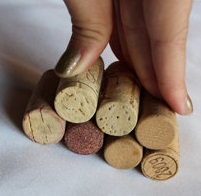 Christmas tree ornaments from Wine corks--wonderful DIY8