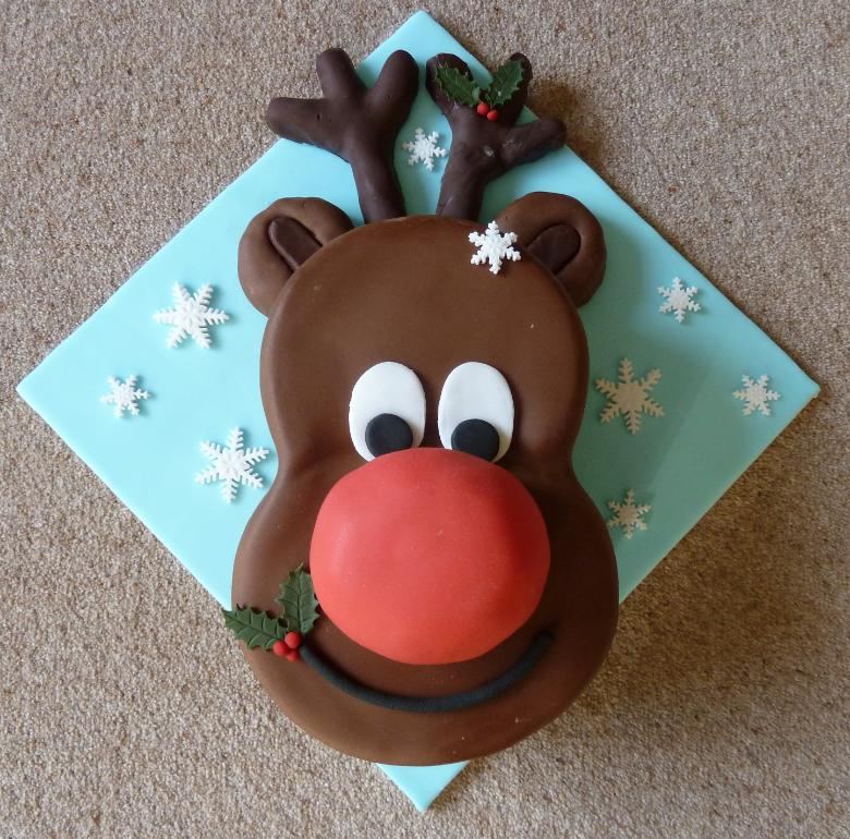 Wonderful Diy Cute Christmas Rudolph Cake