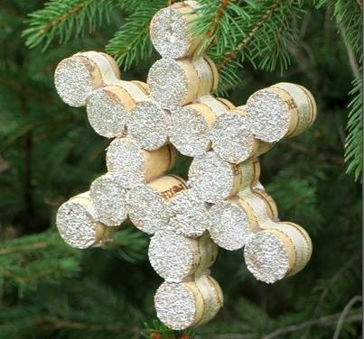 Wine-Cork-Christmas-Ornament-by-VirginiaSweetPea.com_thumb