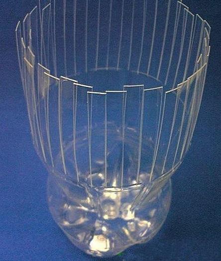 plastic bottle vase- wonderful DIY 5