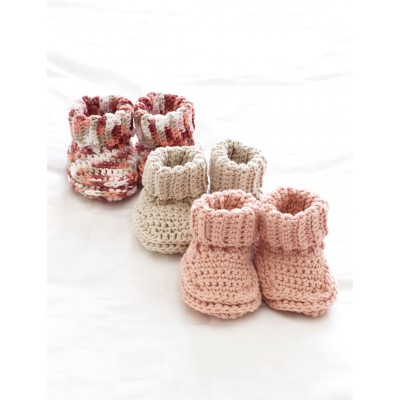 FREE-Crochet-Baby-Booties-Patterns-wonderfuldiy1