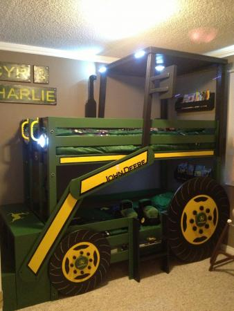 John-Deere-Tractor-Bunk-Bed-wonderfuldiy