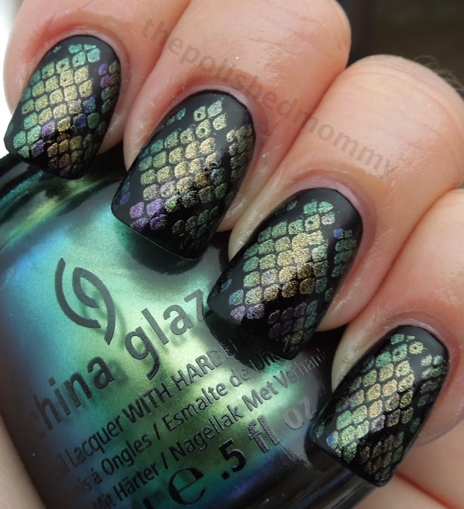 VIEW IN GALLERY Mermaid-Nail-Art-wonderfuldiy3 - 30+ Classic Mermaid Nails Art Design