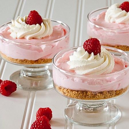 No Bake Raspberry Lemonade Cheesecakes wonderfuldiy Wonderful DIY Pink Lemonade Pie