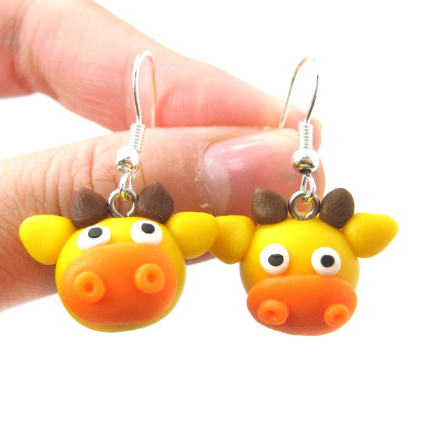 giraffe-shaped-animal-themed-polymer-clay-dangle-earrings-dotoly_grande