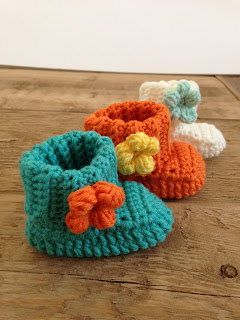 spring flower baby booties free crochet pattern-wonderfuldiy3