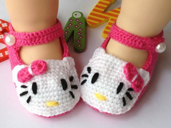 Hello Kitty Baby Shoes Crochet Pattern wonderfuldiy Homemade Hello Kitty Crochet Slippers