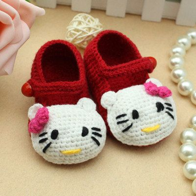 Hello-Kitty-Baby-Shoes-Crochet-Pattern-wonderfuldiy1