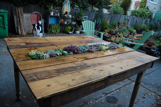 View In Gallery Outdoor Pallet Furniture Diy Ideas And Tutorials12