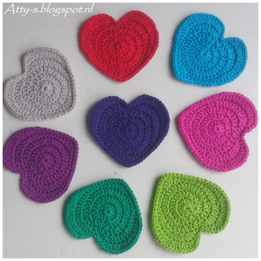 crochet heart coasters -wonderfuldiy1