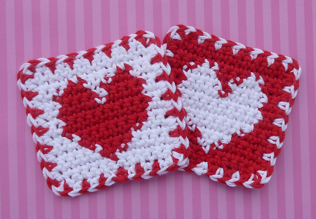 crochet heart coasters -wonderfuldiy3