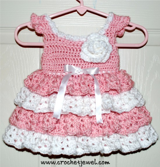 Baby-Dress-Free-Crochet-Pattern-550x572