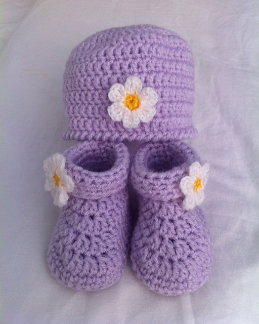 Baby's Hat & Booties Set-wonderfuldiy 2