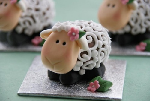 Creme Easter Egg Lamb-wonderfuldiy1