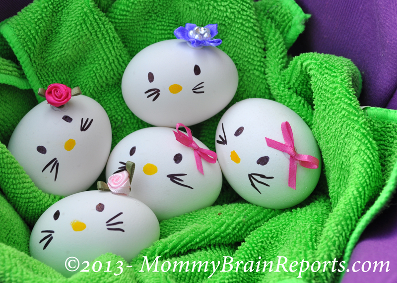 Hello Kitty Easter Egg wonderfuldiy1 Wonderful DIY Hello Kitty Egg and More 12 Easter Egg Projects
