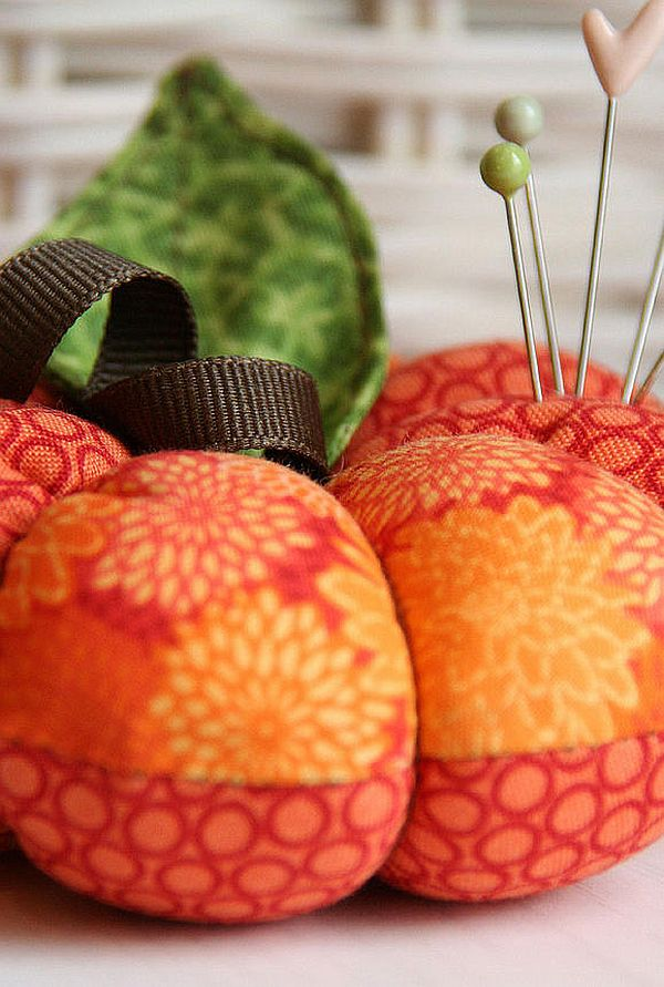 Fabric Pumkin Pincushion DIY