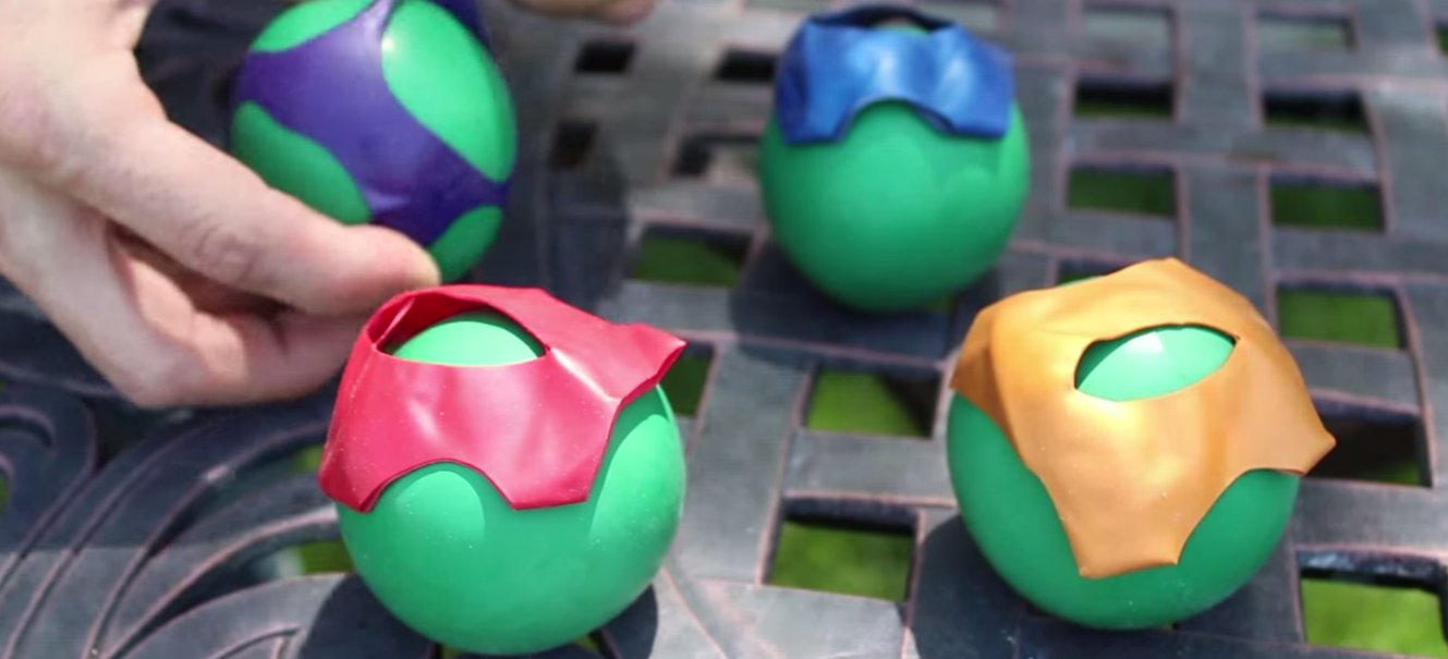 Ninja balls made from balloons and flour Party Balloons and Flour Turned into Awesome Ninja Squishy Balls!