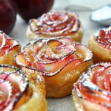 Beautiful and Tasty Rose Shaped Apple-Baked Dessert