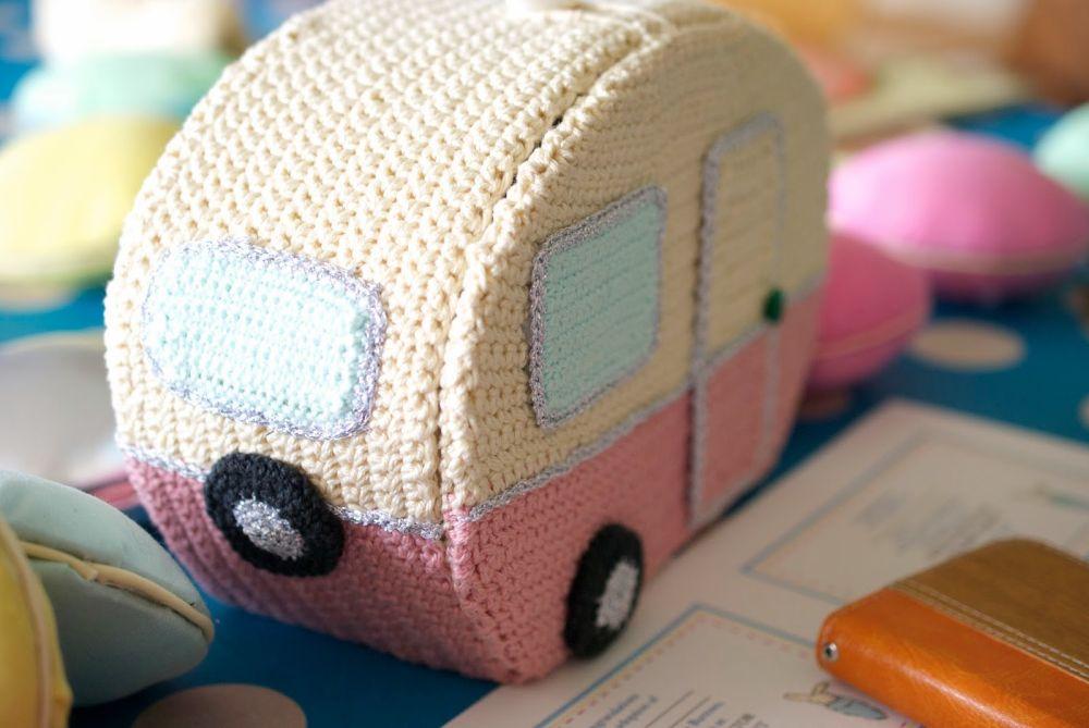 Crochet caravan Rosie The Cutest Crochet Caravan – A Creative Work of Art!