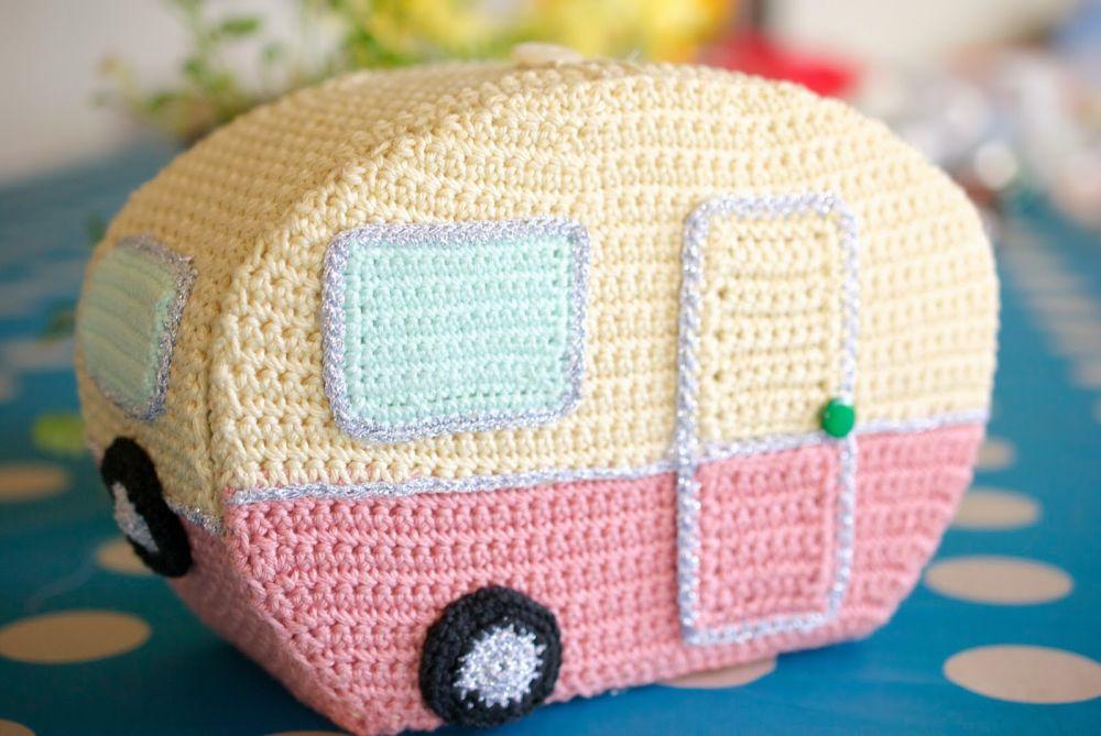 Crochet caravan