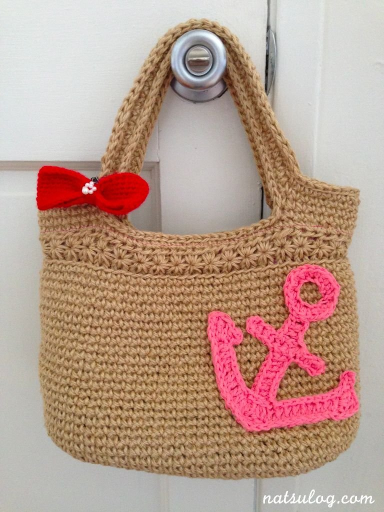 cool crochet anchor on tote bag DIY Large Crochet Anchor Design For Nautical Style
