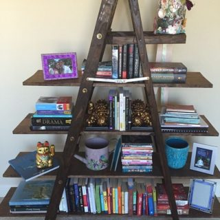 8 Simple DIY Bookshelf Ideas