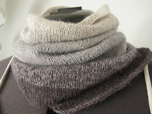 UD Out of Gift Ideas? Try These Cozy DIY Knit Scarves!