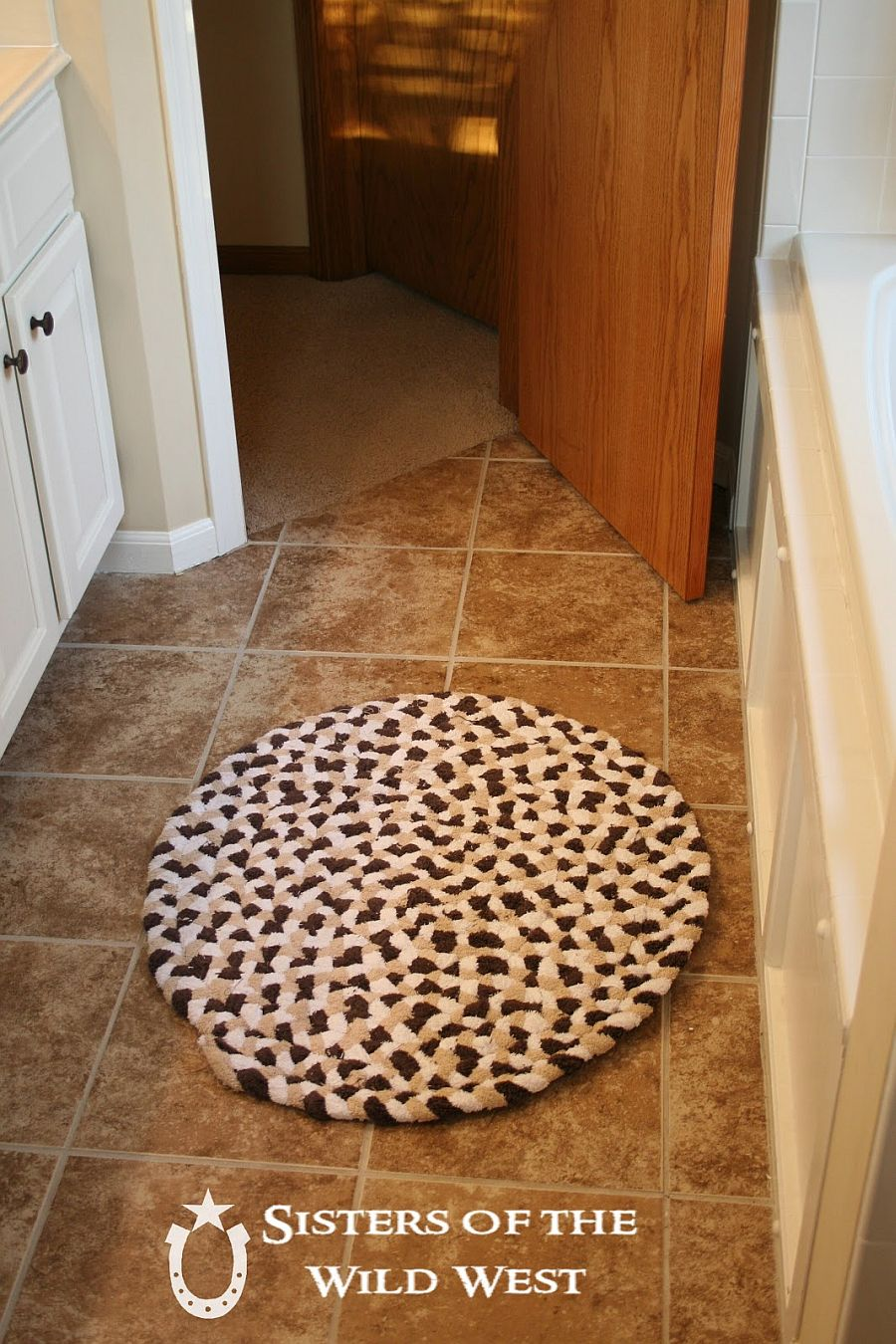 15 Fun Diy Bath Mats Made From Unique Materials
