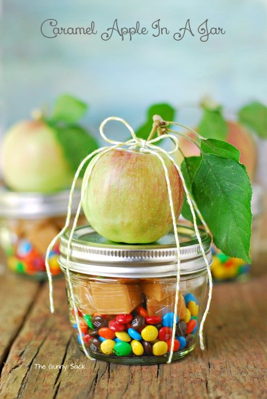Caramels and Apple – DIY Gifts in a Jar