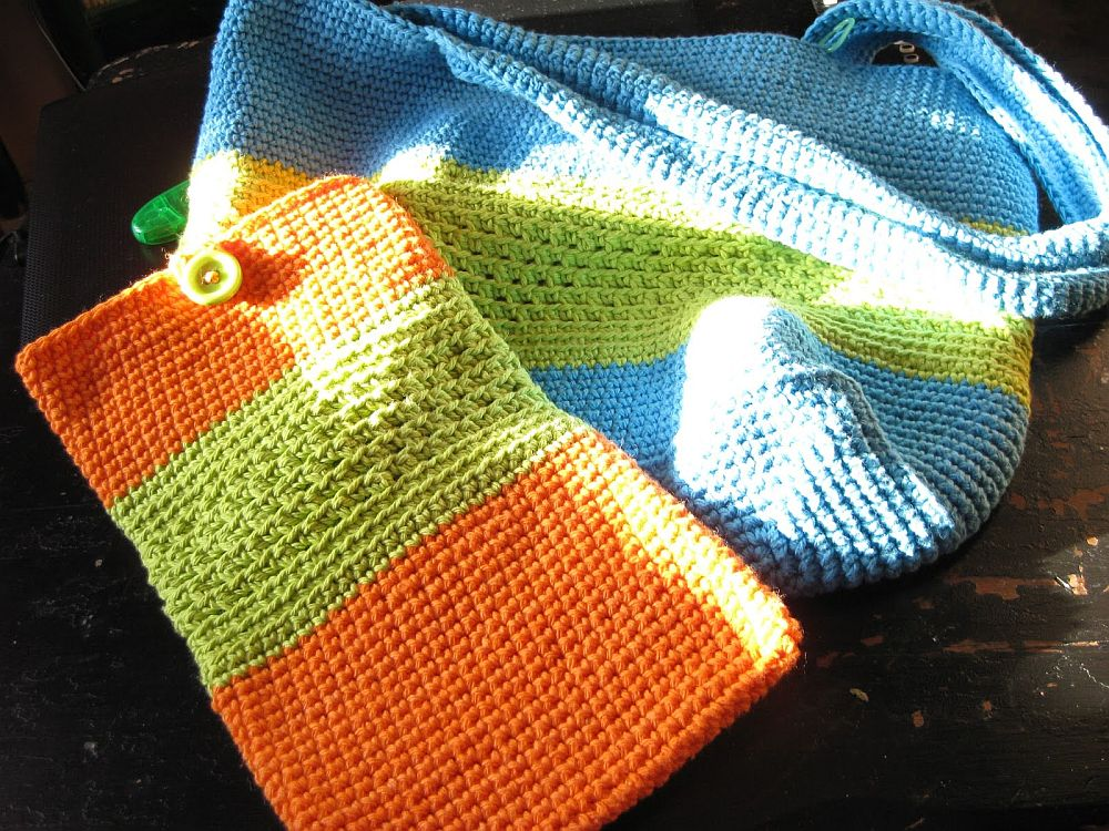Colorful crocheted iPad sleeve