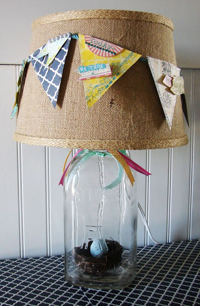 DIY banner lamp with mason jar