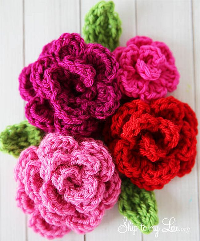 12 Pretty Crochet Flowers To Brighten Up Your Life