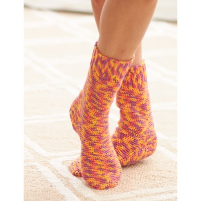 Fiery socks to crochet